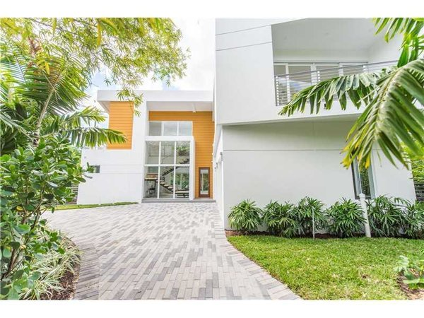 Photo 4 of Tigertail II modern home