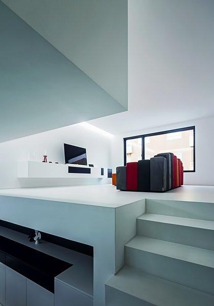 Living Room #1 Photo 15 of Halffloors modern home