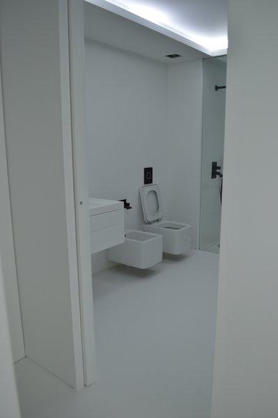 Bathroom Room +1/2 Photo 14 of Halffloors modern home