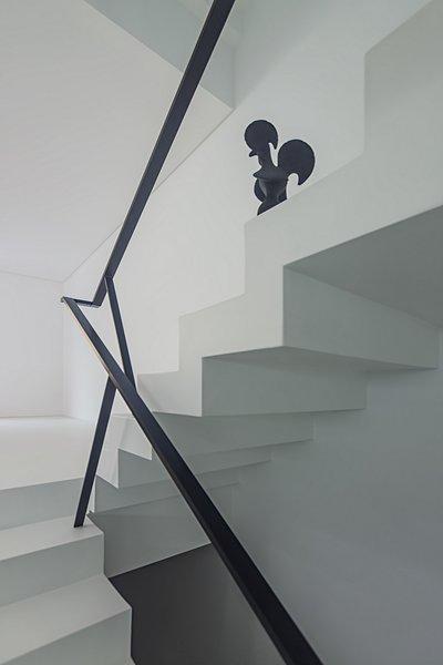 Stairs Detail Photo 5 of Halffloors modern home