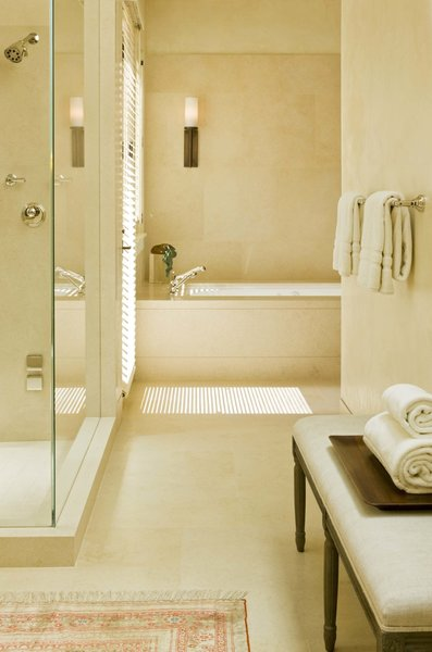 Modern home with bath room. Bathroom  Photo 10 of Ute Rock Residence
