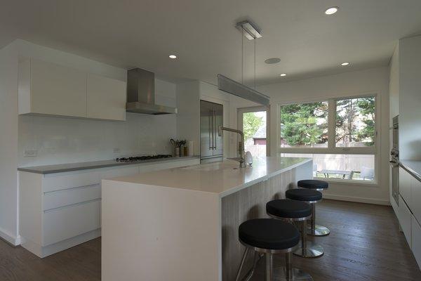 Photo 6 of Courtyard House modern home