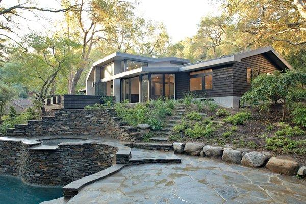 Photo 12 of Kim Residence modern home