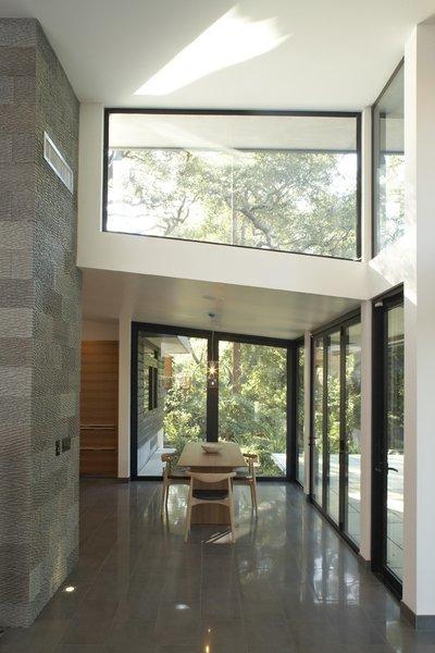 Photo 2 of Kim Residence modern home