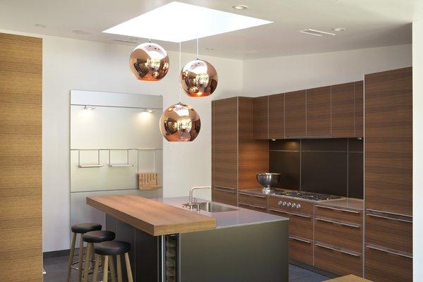 Photo 4 of Kim Residence modern home