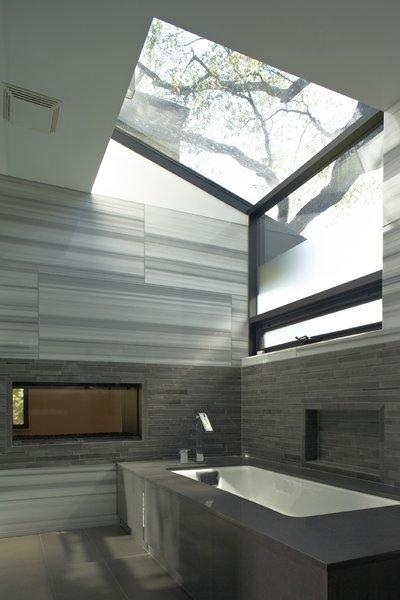 Photo 20 of Kim Residence modern home