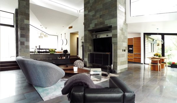 Photo 3 of Kim Residence modern home