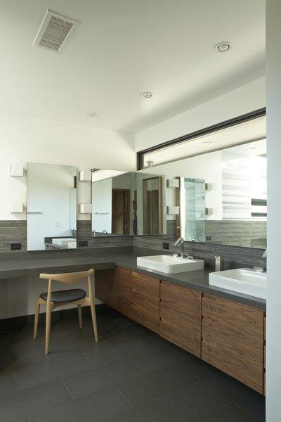 Photo  of Kim Residence modern home