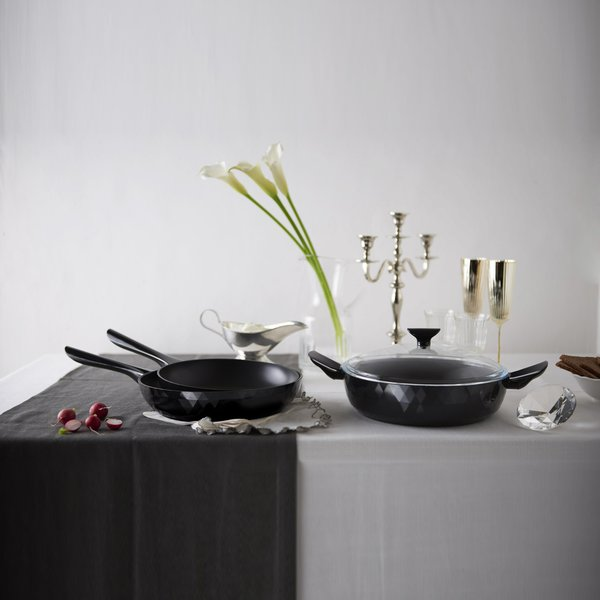 """Deco Two Handle Pan with Lid 11"""""""