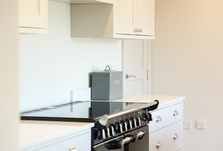 10 questions you should ask when starting a kitchen design project - Photo 1 of 3 - White Shaker Kitchen by Bath Bespoke