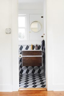 A Small 1920s Guesthouse Bathroom Gets A Modern Makeover - Photo 5 of 9 -