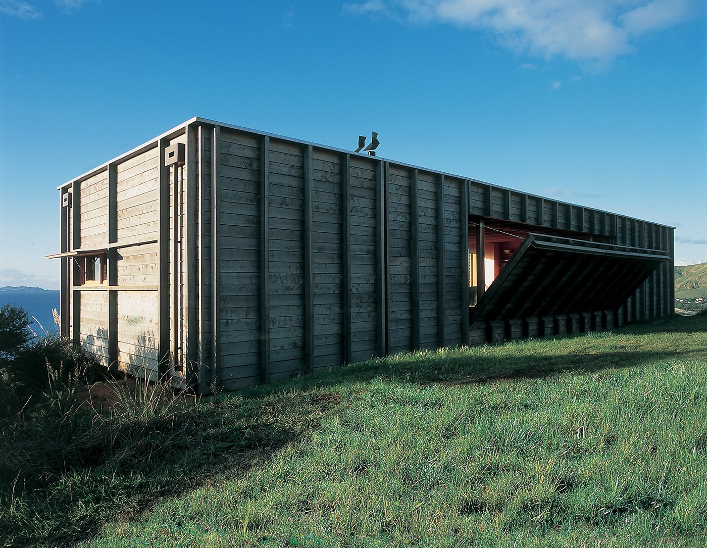 10 beautiful island-style shipping container homes - dwell