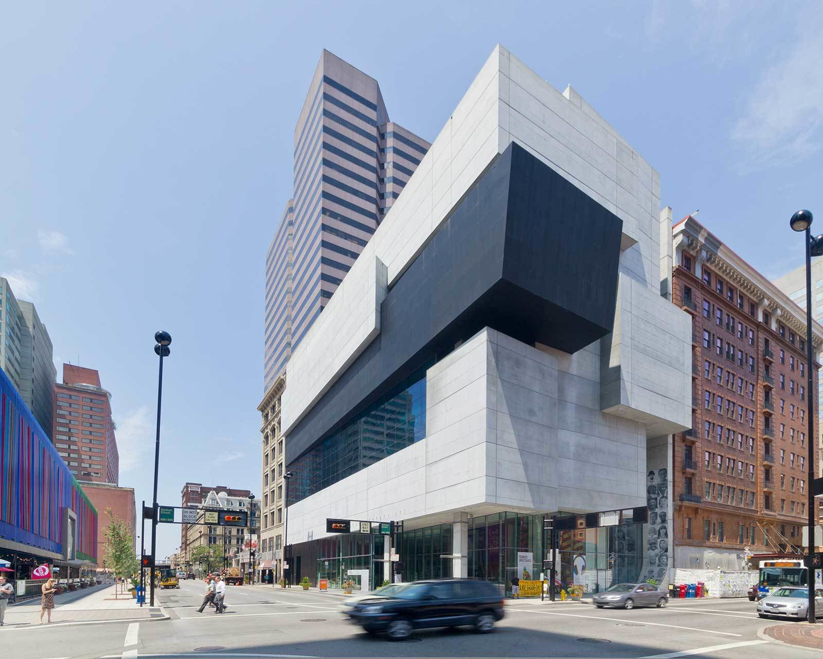 """The Rosenthal Center for Contemporary Art was Hadid's first American project. Hailed by the New York Times Architecture Critic Herbert Muschamp as  Photo 2 of 18 in """"Queen of the Curve"""": 18 Influential Works by Zaha Hadid"""