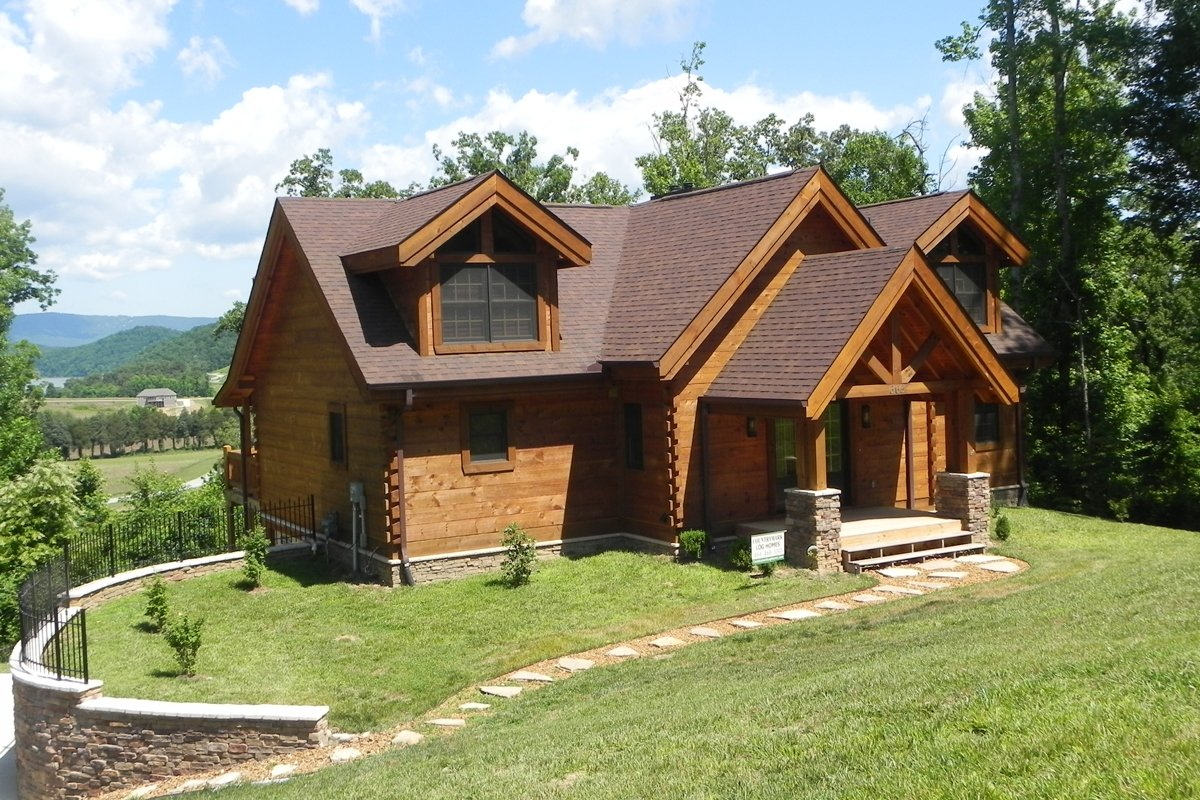 Countrymark Homes provides hand-hewn, Appalachian rustic, and round log profiles creating superior authenticity and eye appeal. Their Hewn Profile is handcrafted in a local Amish community in Southern Indiana.