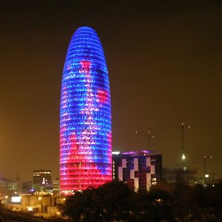 Inspired by the shape of a geyser rising into the air, as well as Montserrat, a mountain range near Barcelona, Torre Agbar is the headquarters of Aguas de Barcelona (Agbar), Spain's municipal water company.