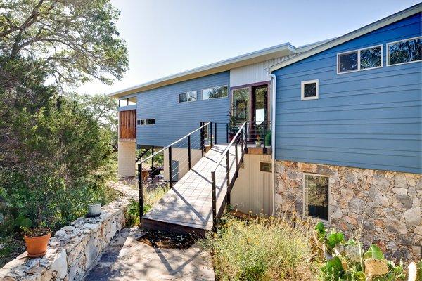 Photo 2 of Rancho Encino modern home