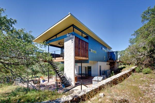 Photo 3 of Rancho Encino modern home