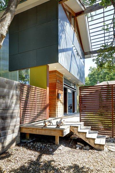 Photo 2 of Groveland House modern home