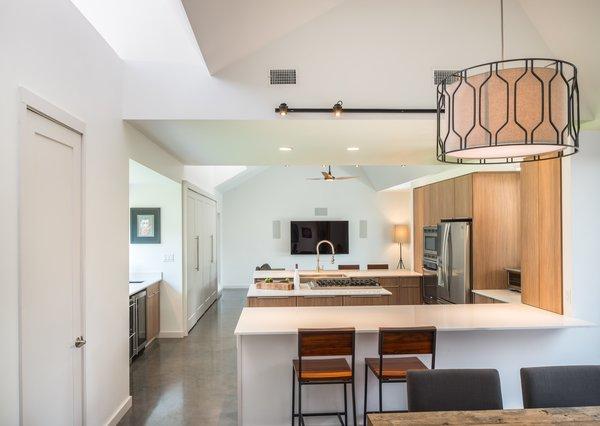 Photo 2 of Battle Bend modern home