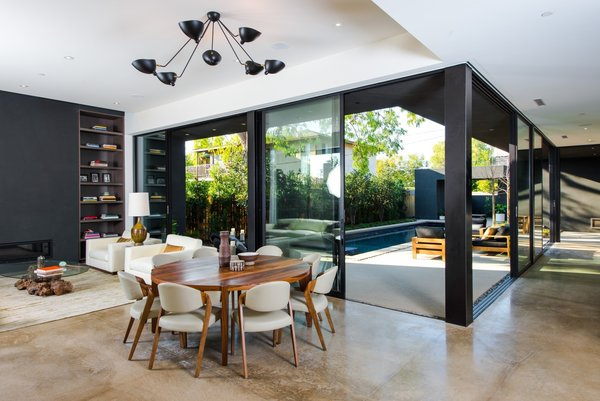 Photo  of Breathtaking Marmol Radziner Venice Compound | 1233 Appleton Way modern home