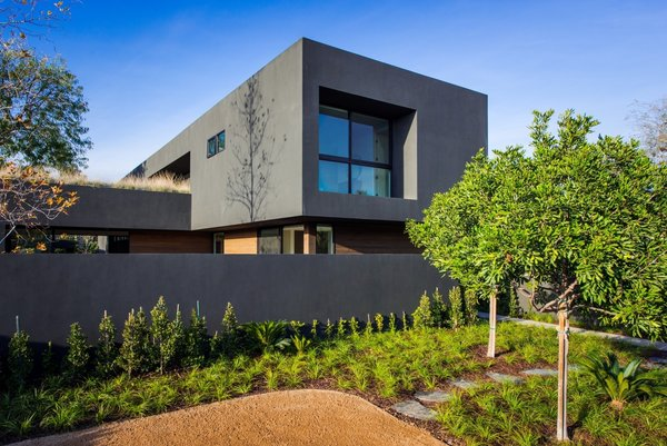 Photo 4 of Breathtaking Marmol Radziner Venice Compound | 1233 Appleton Way modern home