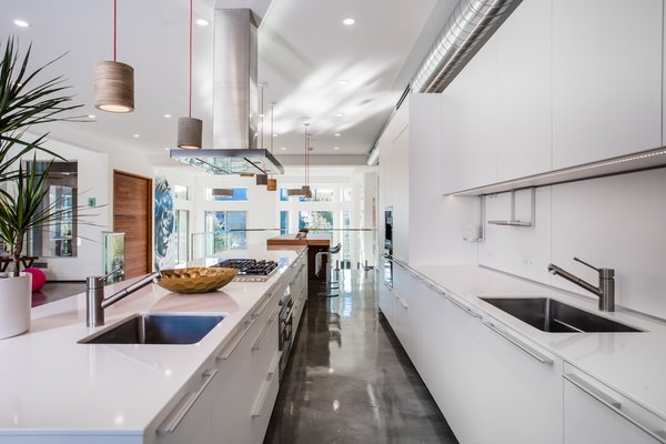 Photo 5 of A Techie's Venice Canal Dream | 4411 Roma Court, Marina del Rey modern home