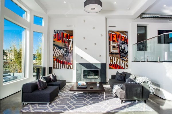 Photo 4 of A Techie's Venice Canal Dream | 4411 Roma Court, Marina del Rey modern home