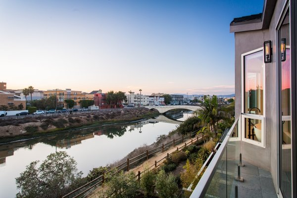 Photo 2 of A Techie's Venice Canal Dream | 4411 Roma Court, Marina del Rey modern home