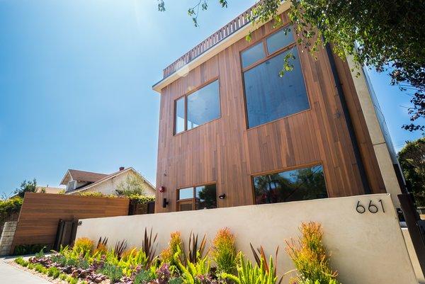 Photo 5 of Tribeca Loft Meets Venice Beach Home | 661 Broadway Street modern home