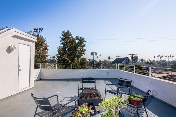 Photo 6 of Extraordinary Architectural Venice Duplex | 914-918 7th Avenue, Venice modern home
