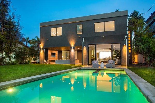 Photo  of Inspiring Venice Beach Architectural   1227 Preston Way, Venice modern home