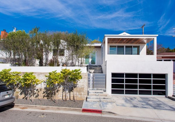 Photo 7 of Sophisticated Architectural in the Heart of Sunset Park   1633 Sunset Avenue, Santa Monica modern home