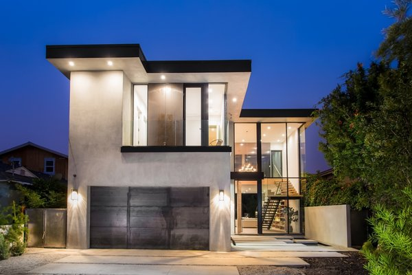 Photo  of European-Style Architectural Artistry | 1421 Walgrove Avenue, Venice modern home