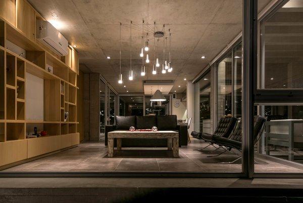 © Diego Medina Photo 16 of Casa Kuvasz modern home