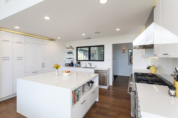 Kitchen Photo 8 of Thomas Residence modern home