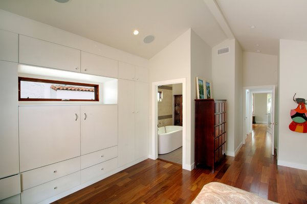 Master bedroom Photo 6 of Superba Ave Residence modern home