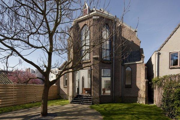 Photo  of Woonkerk XL modern home