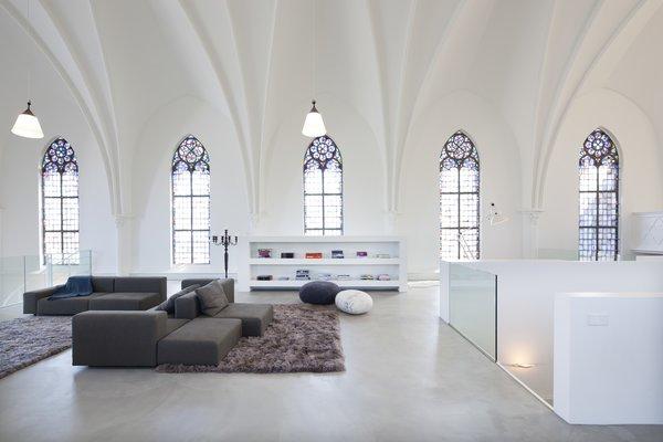 Photo 6 of Woonkerk XL modern home