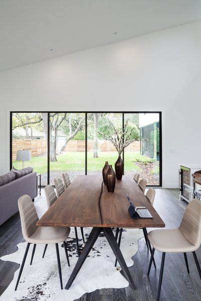 Strass Residence by Matt Fajkus Architecture | Photography: Atelier Wong Photography Photo 10 of Strass Residence modern home