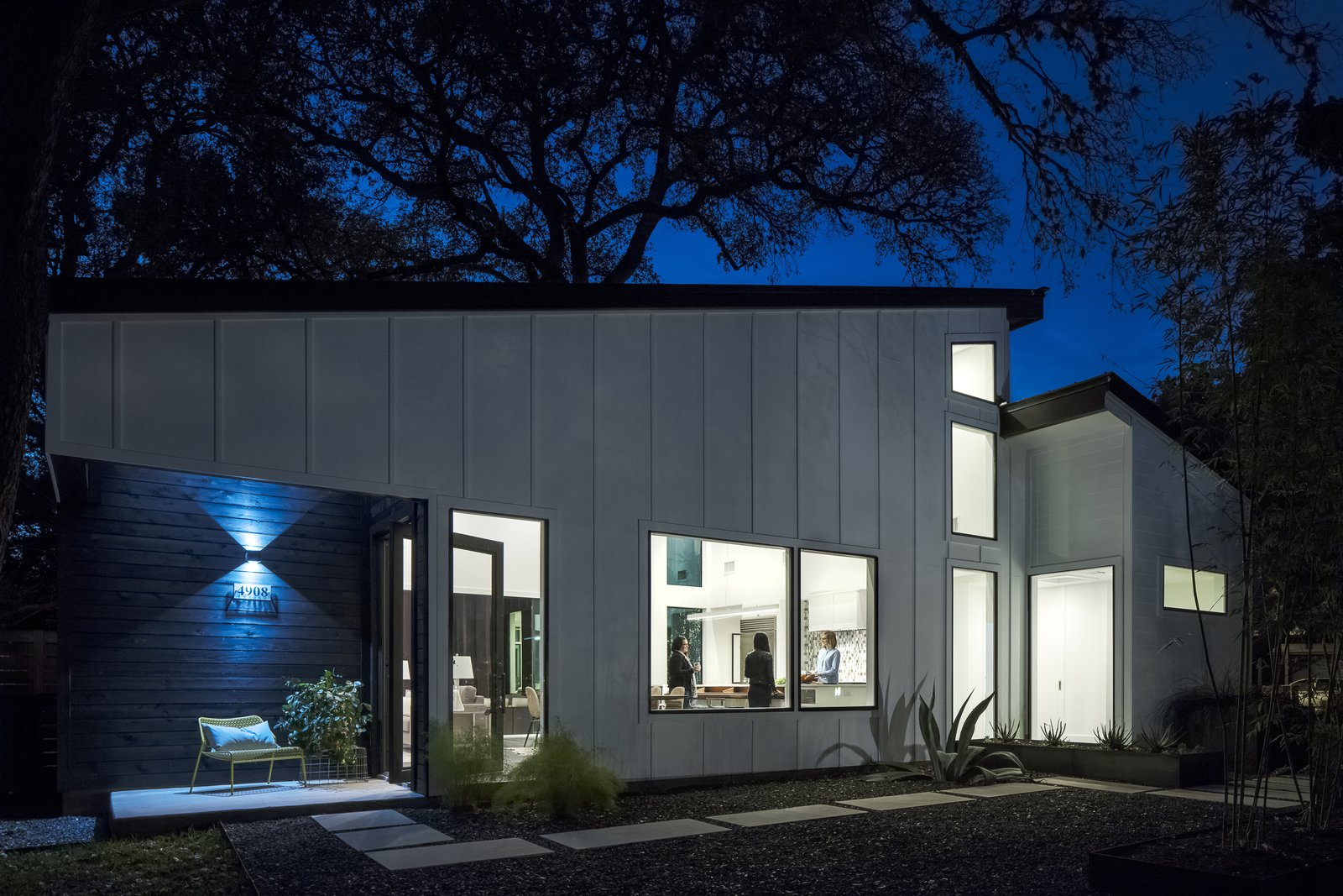 Strass Residence by Matt Fajkus Architecture | Photography: Atelier Wong Photography