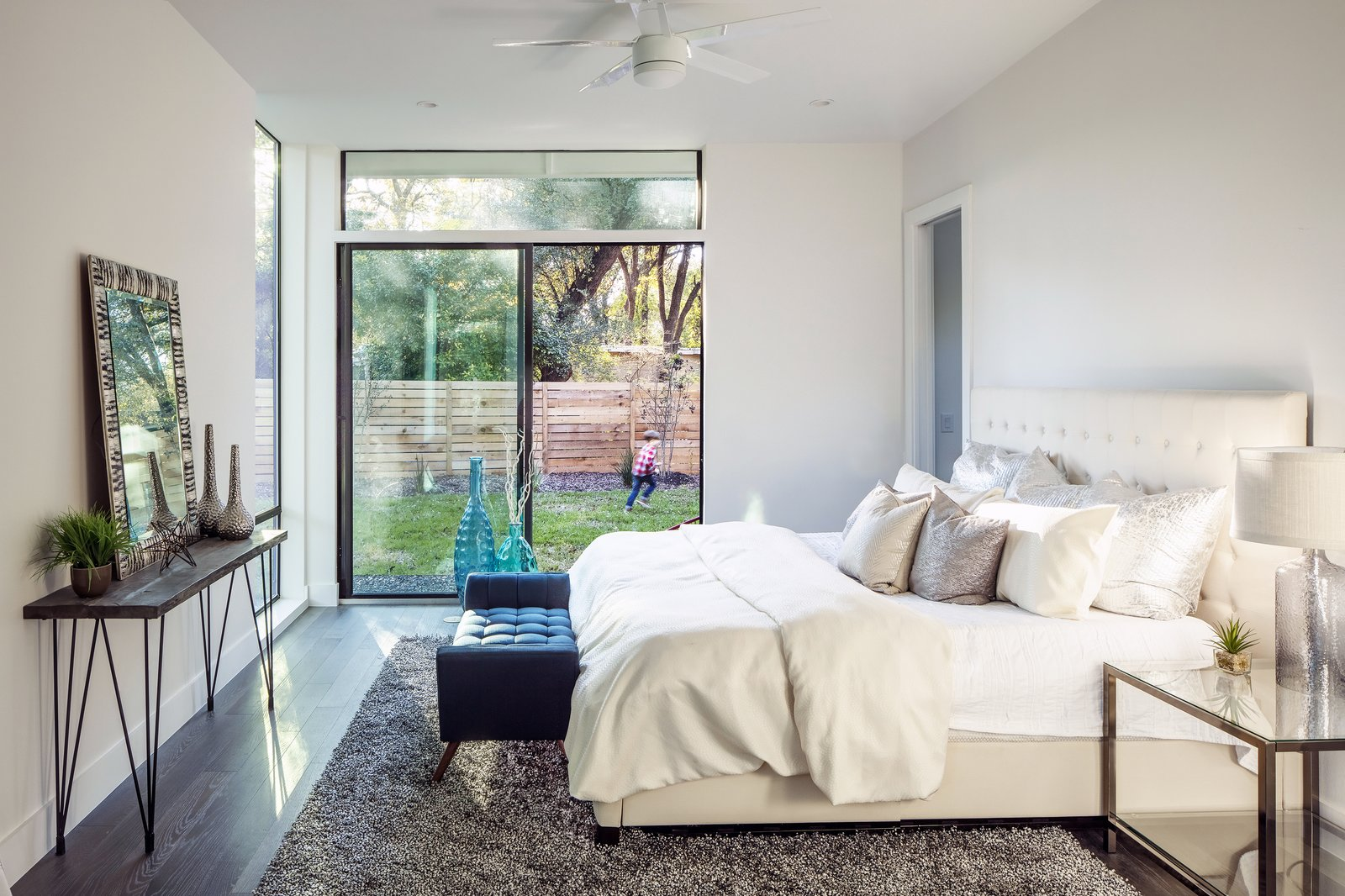 Strass Residence by Matt Fajkus Architecture | Photography: Atelier Wong Photography  Strass Residence by Matt Fajkus Architecture