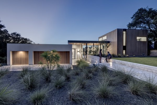 Photo 2 of [Bracketed Space] House modern home
