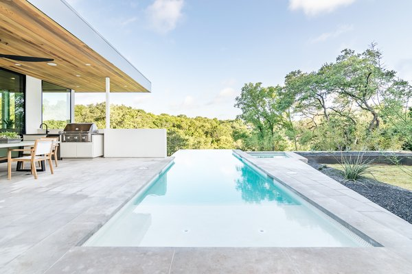 Photo 4 of [Bracketed Space] House modern home