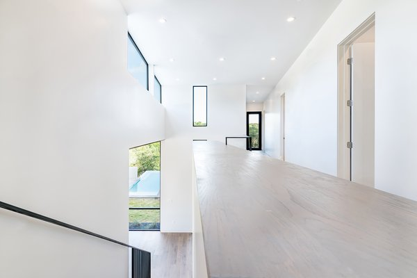 Photo 9 of [Bracketed Space] House modern home