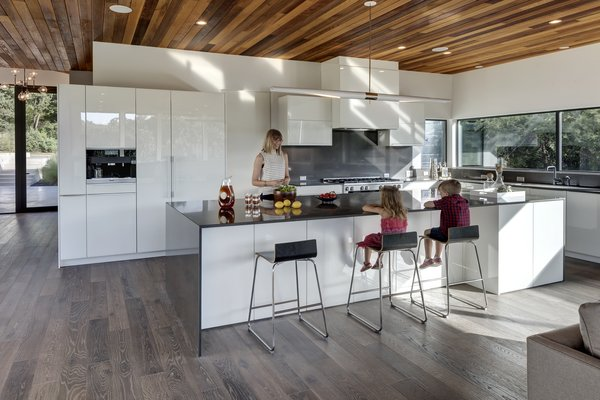 Photo 12 of [Bracketed Space] House modern home
