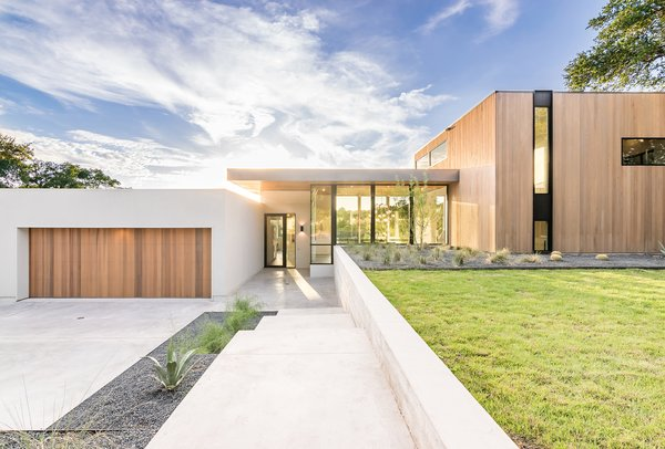 Photo 18 of [Bracketed Space] House modern home