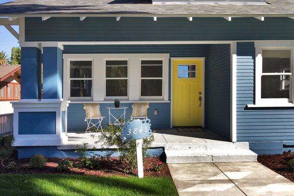 Photo 3 of Elmwood modern home