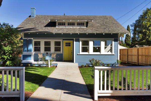 Photo 2 of Elmwood modern home