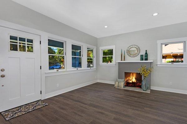 Photo 4 of Elmwood modern home