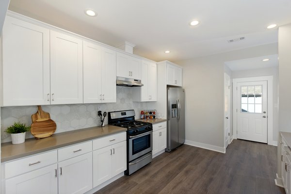 Photo 10 of Elmwood modern home